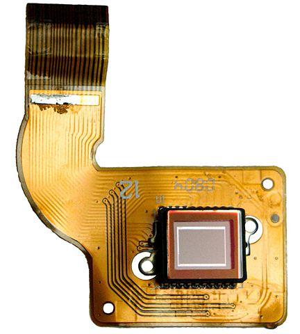 CCD Image Sensor. CC BY-SA 3.0, Wikimedia Commons, C-M