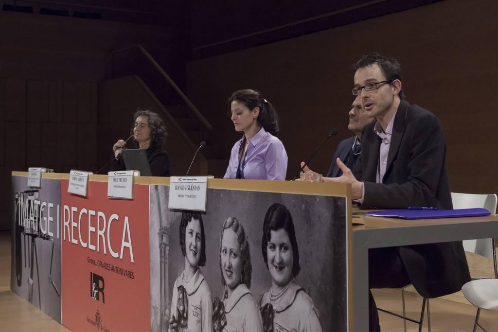 14es Jornades Imatge i Recerca de Girona. Debat. D'esquerra a dreta: Laia Foix, Lorna Arroyo, Fred Truyen i David Iglésias.