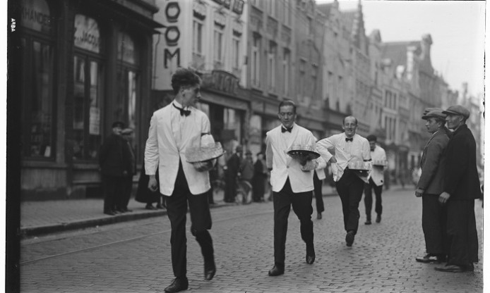Beeldbank Brugge: twenty years of making historic images accessible online